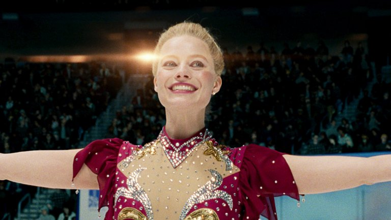 11-_tonya_harding_margot_robbie_at_the_1994_olympics_in_i_tonya_courtesy_of_neon_and_30west-h_2017